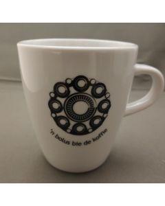 Zeeuwse knop mok, n'bolus bie de koffie